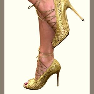 Tom Ford Napa Laces Gold Pump $1690 41